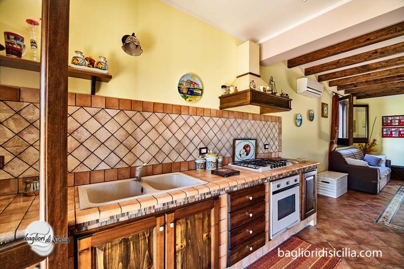 Cucina muratura passione e tradizione realizzazioni in - Struttura cucina in muratura ...