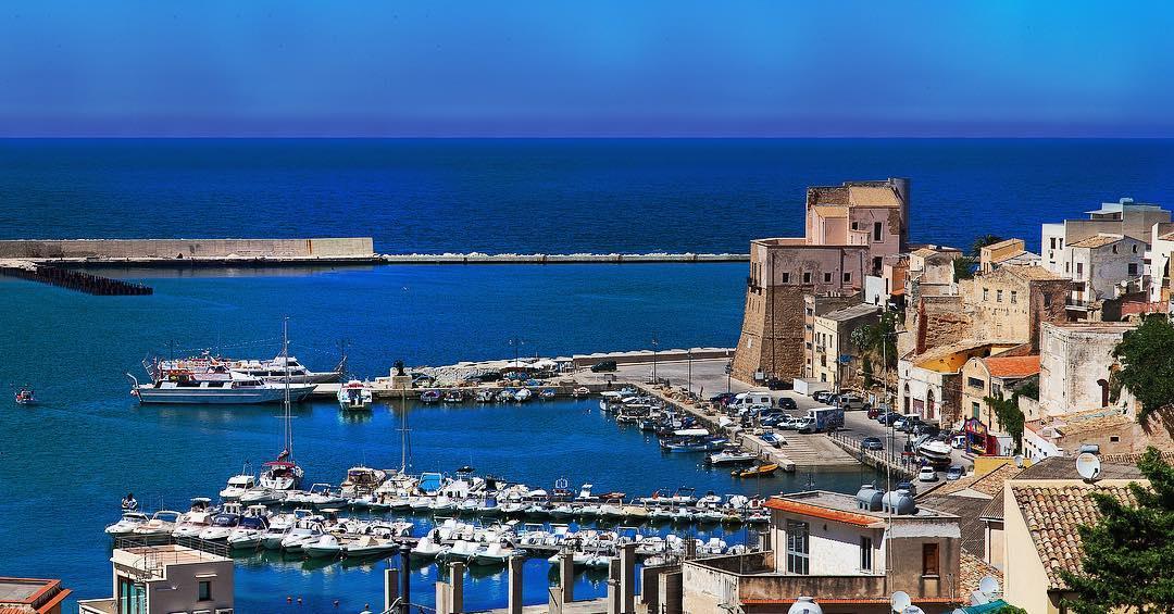 castello e porto castellammare del golfo