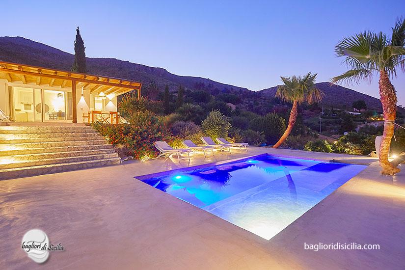 case con piscina in sicilia